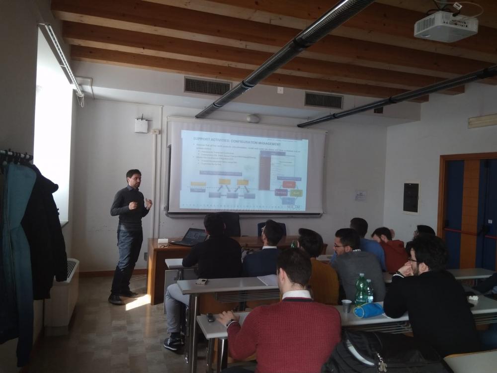 """NETCOM GROUP: LEZIONE DI MECCATRONICA AGLI STUDENTI DI INGEGNERIA DELL'UNIVERSITÀ DELLA CAMPANIA """"VANVITELLI"""""""